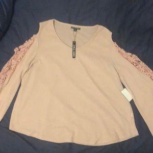 Moral Fiber cold shoulder longsleeve blouse NWT 2X